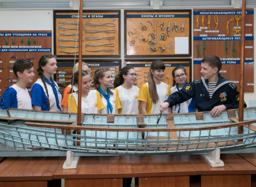 Дети России соберут яхты и катера в «Орлёнке»