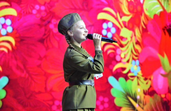 Полторы тысячи орлят услышат песни о Родине