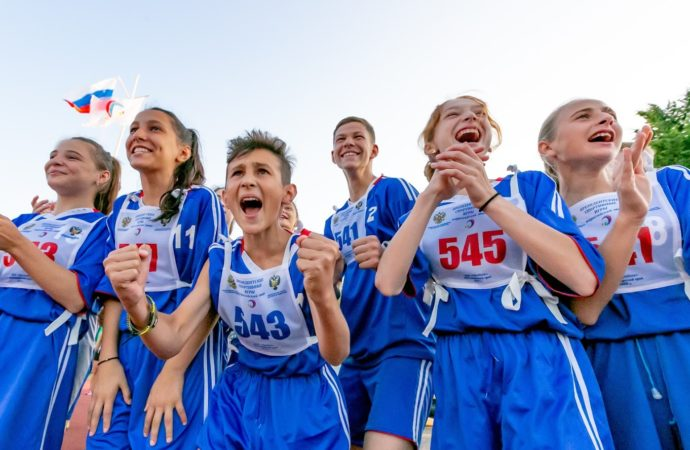 Победителей Президентских спортивных игр школьников наградили в «Орлёнке»