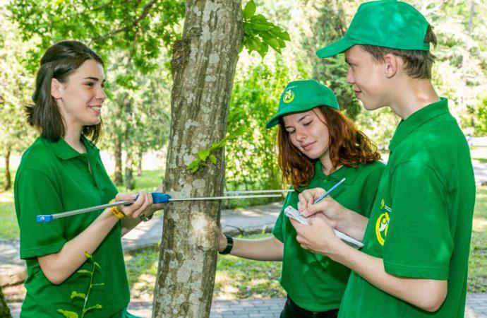 «Орлёнок» встретил юных хранителей леса