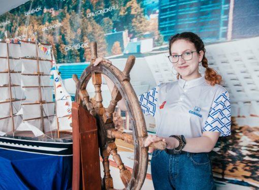 Дети России создают корабли в «Орлёнке»